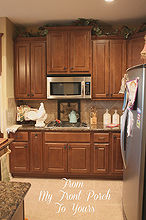 creating a french country kitchen cabinet finish using chalk paint, chalk paint, kitchen backsplash, kitchen cabinets, kitchen design, painting, Before shot of our kitchen It is on the small side and was very dark
