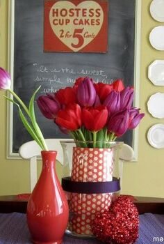 easy layered valentine s centerpiece, crafts, flowers, seasonal holiday decor, valentines day ideas, A layered centerpiece with red and purple accents Details here