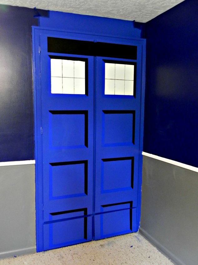 diy tardis bedroom closet bedroom ideas doors painting painted faux recessed panels - Dr Who Bedroom Ideas