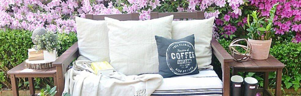 Lizmarieblog.com cover photo