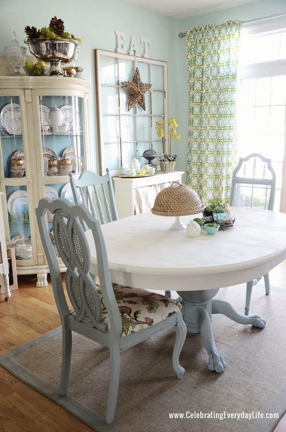 dining room table and chairs makeover with annie sloan chalk paint - Painting Dining Room