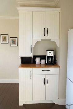 how to turn ordinary cabinets into cottage classics, home decor, kitchen backsplash, kitchen cabinets, kitchen design, kitchen island
