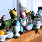 the anything but average guide to dying easter eggs, crafts, seasonal holiday decor, Herb Easter Eggs via A Button Tufted Life