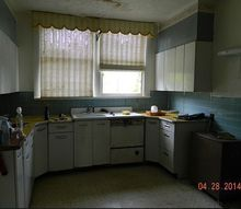 help for this sad kitchen, home decor, home improvement, kitchen design, Little sweet kitchen needs a lot of TLC