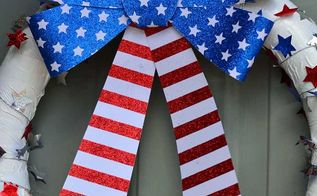 patriotic pool noodle wreath, crafts, seasonal holiday decor