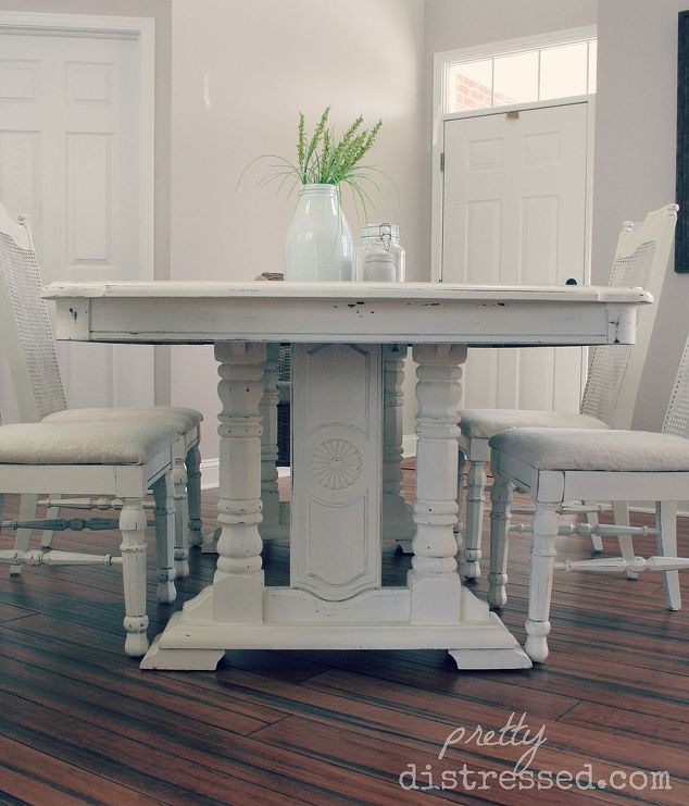 Grandma 39 s table gets a makeover hometalk for Painted dining room furniture ideas