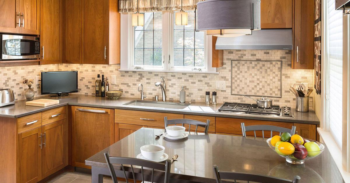 Bungalow kitchen backsplash remodel hometalk for Small bungalow kitchen ideas