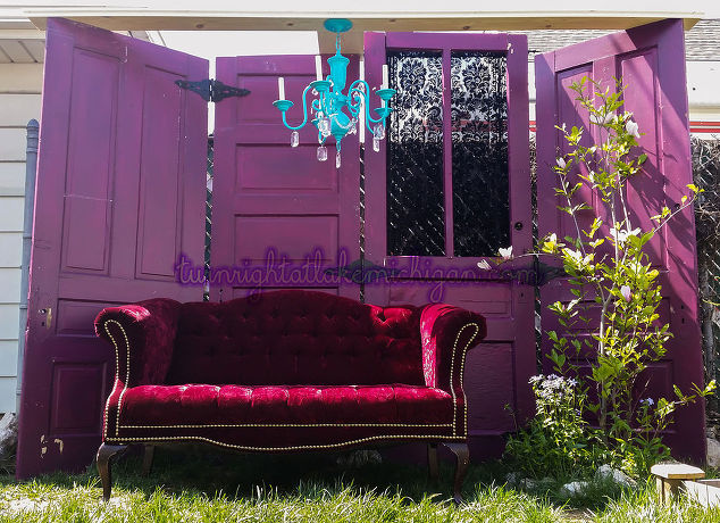 Gypsy boho backyard corner hometalk - Garden furniture ideas fun good taste ...