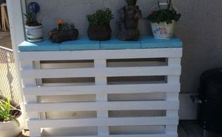 pallet wood garden patio table, gardening, painted furniture, pallet, repurposing upcycling, woodworking projects