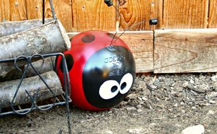 upcycled bowling ball yard art, crafts, gardening, repurposing upcycling