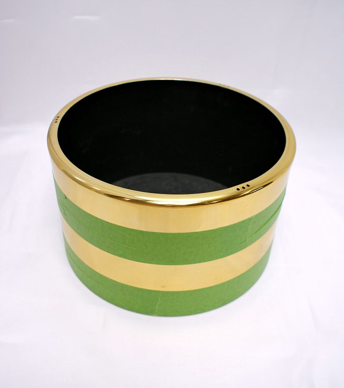 Spray painting planter with simple stripes hometalk for Spray paint designs with tape