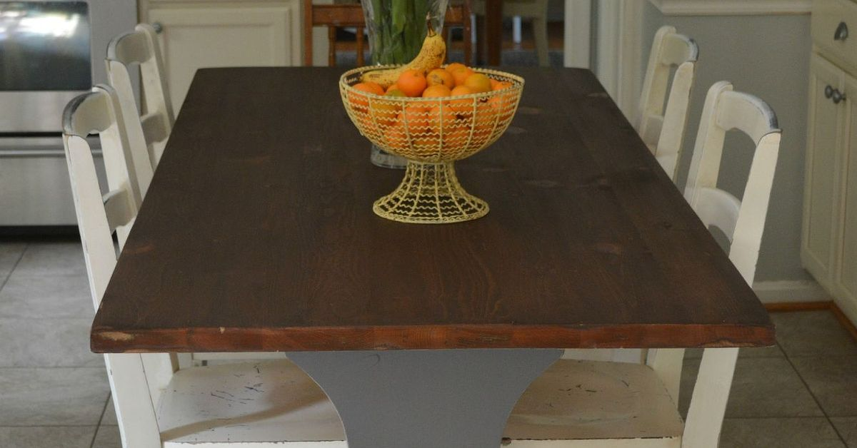 Restaining a farmhouse table hometalk Restaining kitchen table