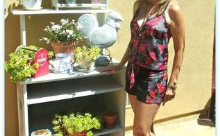 me my planting table, painted furniture