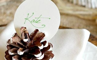 painted pinecone place card holders, crafts, repurposing upcycling, seasonal holiday decor