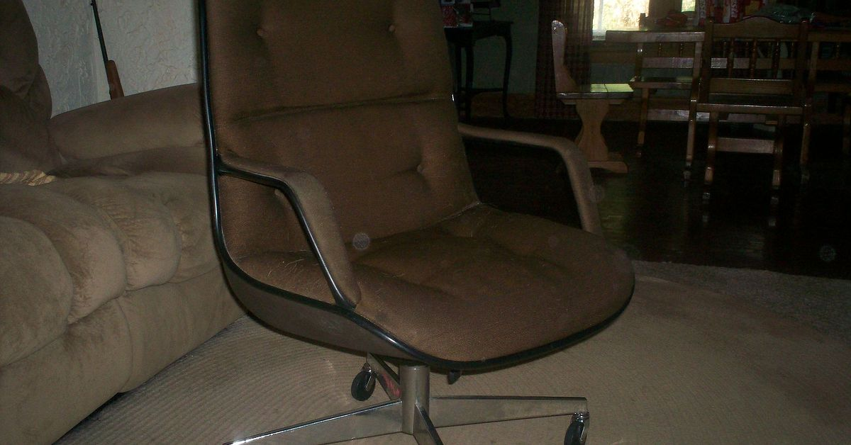 Help with old desk chair