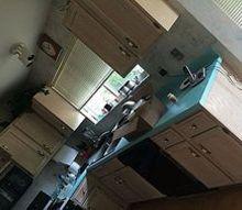 kitchen cabinets chalk paint update, chalk paint, how to, kitchen cabinets, kitchen design, painting