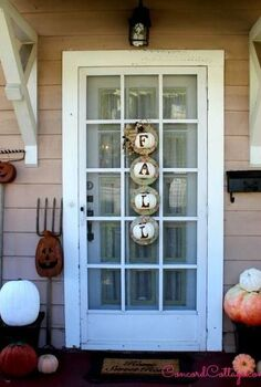 fall front porches rustic outdoor decorations, diy, halloween decorations, home decor, porches, seasonal holiday decor