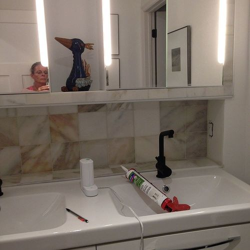 Bathroom Mirror Edge Repair framing bathroom mirrors | hometalk
