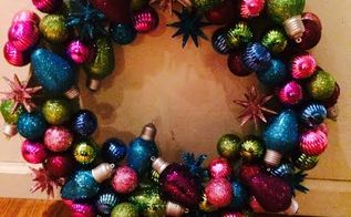 how to make a christmas bulb wreath, christmas decorations, crafts, how to, seasonal holiday decor, wreaths