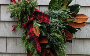 how to make a holiday chicken wreath, crafts, wreaths, Holiday Chicken Wreath