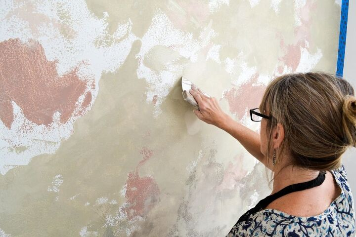 Creating an ombre feature wall finish with chalk paint by for Chalk paint comparable to annie sloan