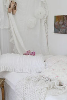 how to set up a spare room with shabby chic style, bedroom ideas, shabby chic, Shabby chic style instant guest room