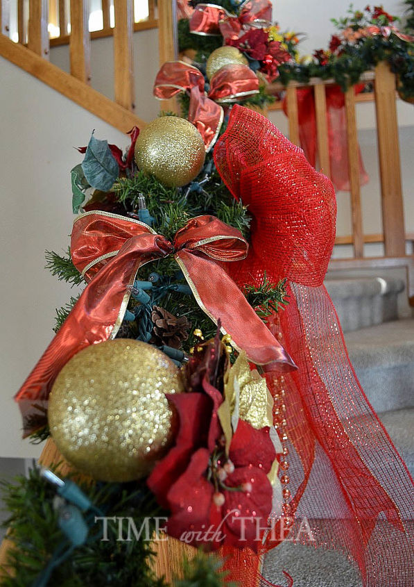 Baniste decor ideas for christmas hometalk for Decorate your own christmas decorations