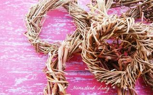 how to make a simple vine wreath, crafts, seasonal holiday decor, wreaths