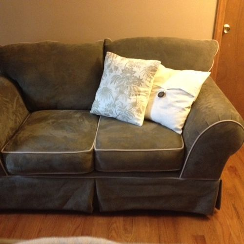 Love seat with new pillow covers