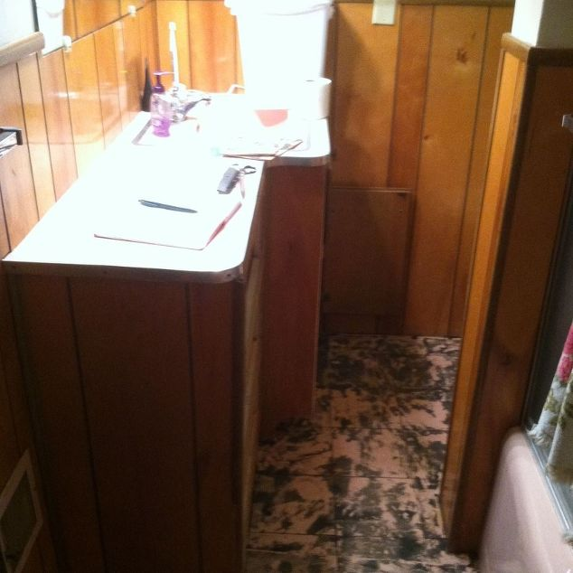 Simple inexpensive updates to a 50 39 s bathroom hometalk for Simple cheap bathroom ideas