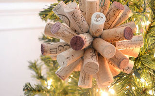a great way to upcycle old wine corks, christmas decorations, crafts, seasonal holiday decor