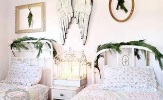 vintage christmas room, bedroom ideas, christmas decorations, crafts, seasonal holiday decor