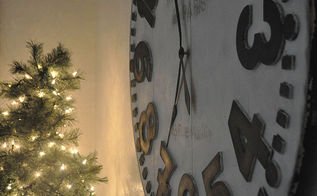 painting a wall clock, christmas decorations, crafts, seasonal holiday decor