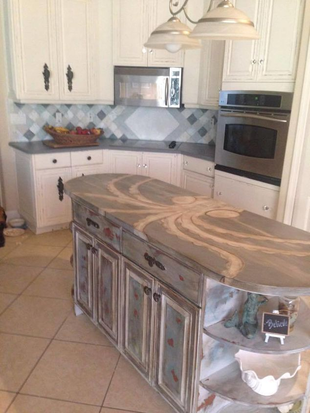 Spray Painting  Tones Kitchen Cabinets
