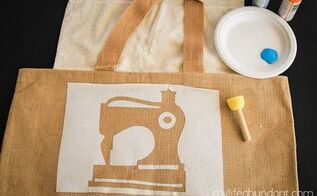 diy freezer paper stencil burlap craft bag, crafts, how to