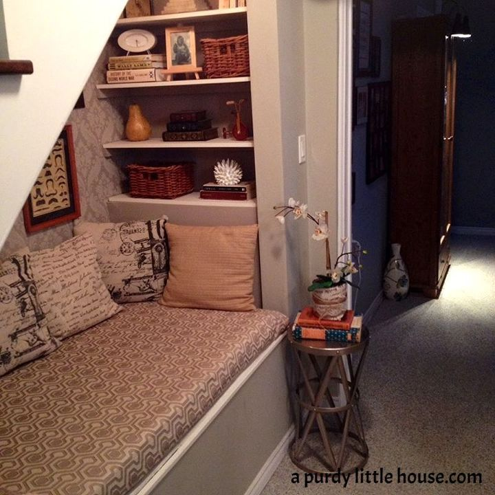 Lighting Basement Washroom Stairs: Under The Stairs Book Nook
