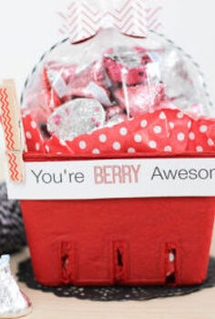 berry basket valentine, crafts, repurposing upcycling, seasonal holiday decor, valentines day ideas