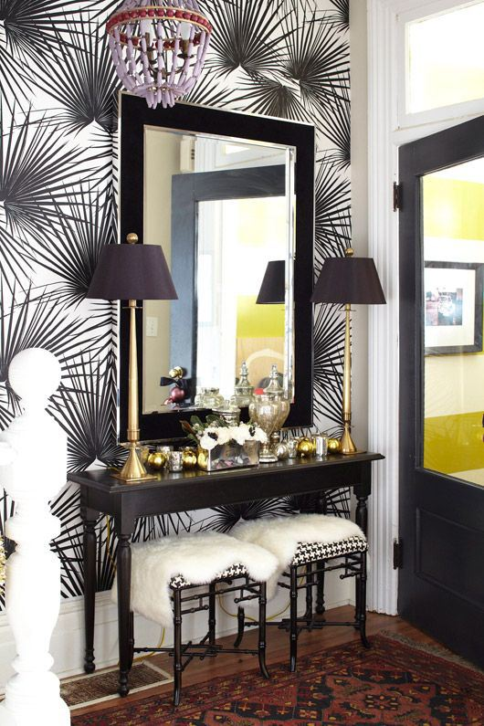 3 step guide to a fab foyer foyer stairs wall decor - Foyer Decor