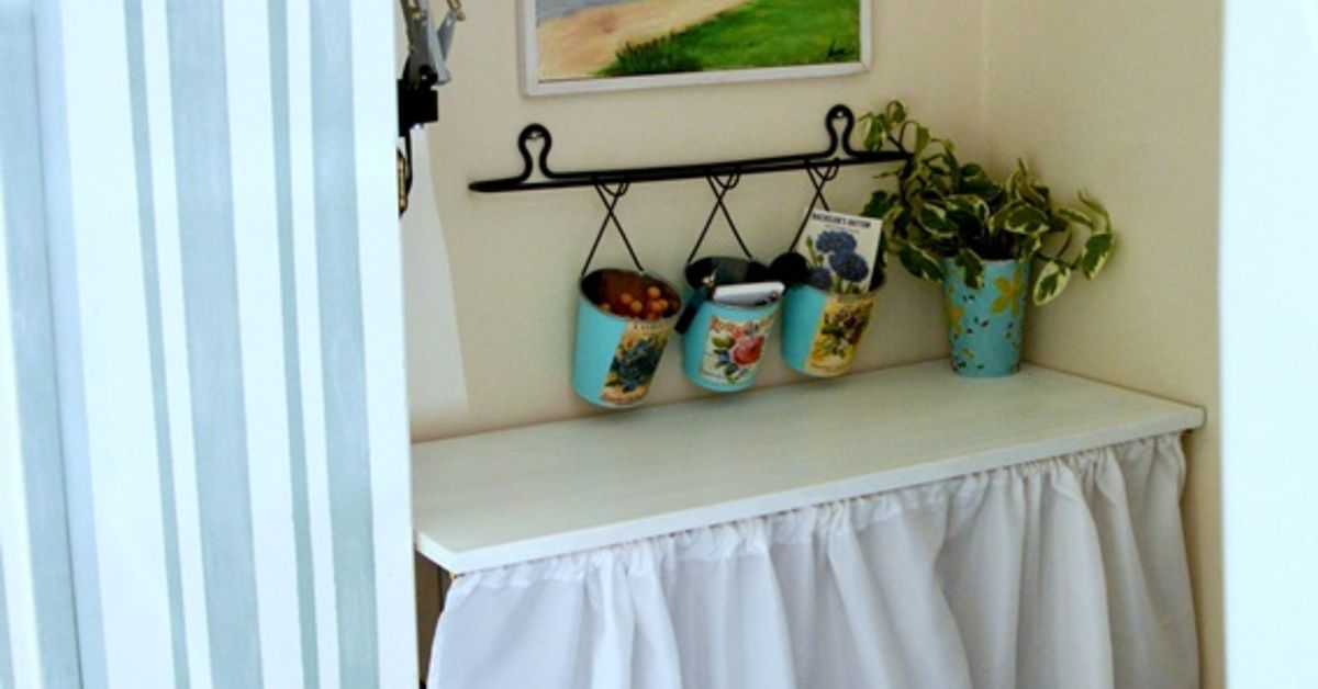 Quick easy litter box disguise hometalk - Litter boxes for small spaces paint ...
