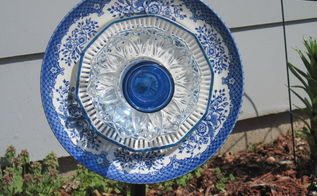 dinner plate garden stake, crafts, gardening, outdoor living, repurposing upcycling