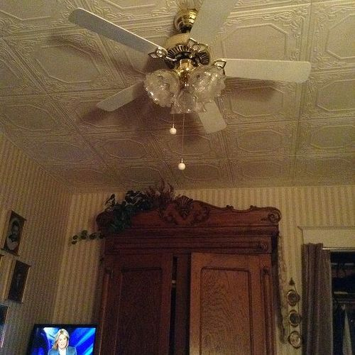How to put up tin ceiling tiles
