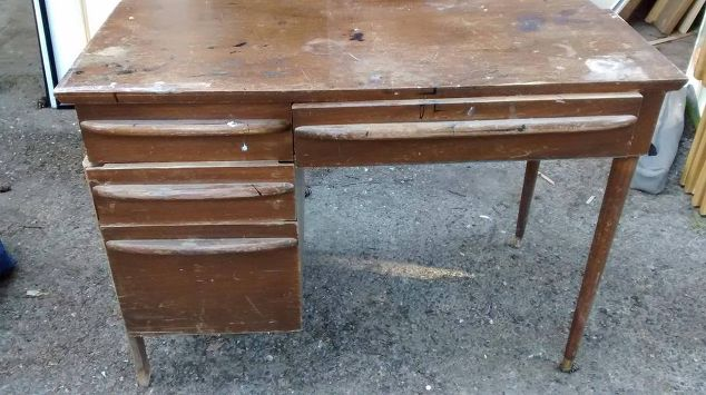midcentury modern desk and chair makeover painted furniture repurposing upcycling reupholster
