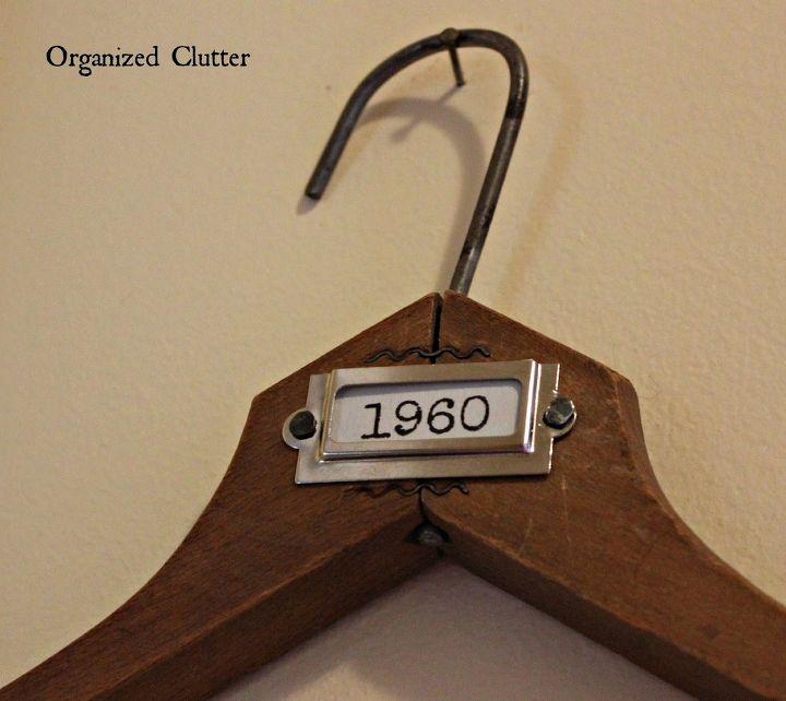 Vintage clothes hanger frame photo display hometalk for Clothespin photo hanger