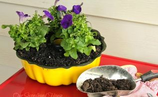 bundt pan planter, container gardening, crafts, flowers, gardening, repurposing upcycling