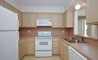 q what to do with this 1978 mauve countertop kitchen, countertops, home improvement, kitchen design, 1978 Patio home kitchen with mauve lamite countertops