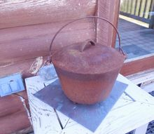 q rusty cast iron pot, cleaning tips, repurposing upcycling