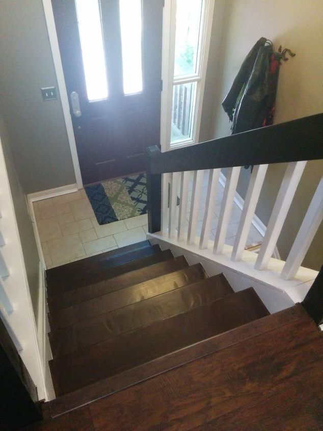 Foyer Ideas Questions : Split foyer staircase gets a makeover hometalk