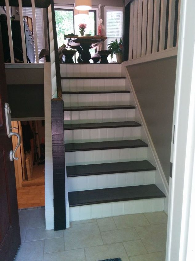 Small Foyer Makeovers : Split foyer staircase gets a makeover hometalk