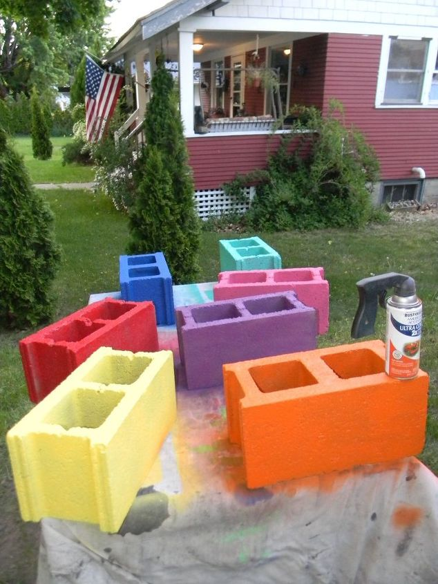Cinder block bench hometalk - Concrete block painting ideas ...