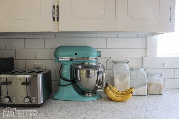 Diy Cheap Subway Tile Backsplash Diy How To Kitchen Backsplash Kitchen Design